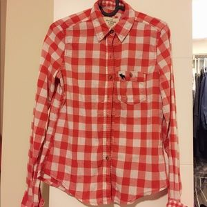 NWOT Abercrombie & Fitch A&F shirt